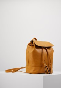 Anna Field - Rucksack - dark yellow - 3