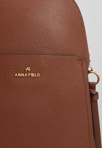 Anna Field - Reppu - cognac - 2