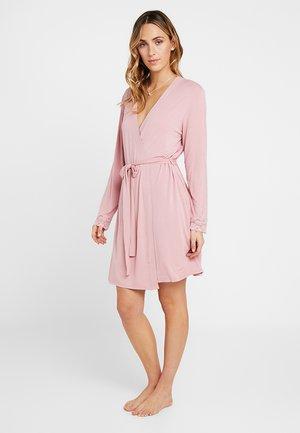 Peignoir - pink