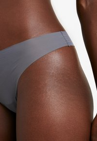 Anna Field - 7 PACK - String - white/grey/nude - 4