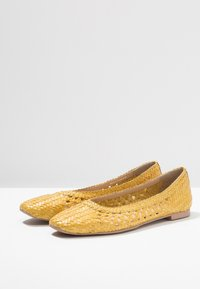 Anna Field Select - LEATHER BALLET PUMPS - Ballerine - yellow - 4