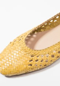 Anna Field Select - LEATHER BALLET PUMPS - Ballerine - yellow - 2