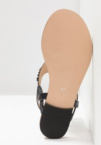 Anna Field Select - LEATHER T-BAR SANDALS - Infradito - gunmetall - 6