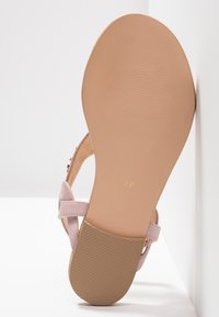 Anna Field Select - LEATHER T-BAR SANDALS - Infradito - rose gold - 6