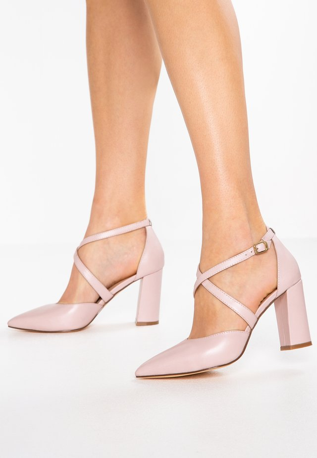 LEATHER HIGH HEELS - High heels - rose gold