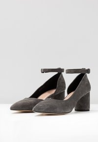 Anna Field Select - LEATHER CLASSIC HEELS - Tacones - grey - 4