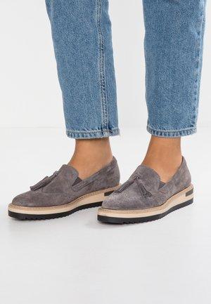LEATHER SLIP-ONS - Nazouvací boty - grey