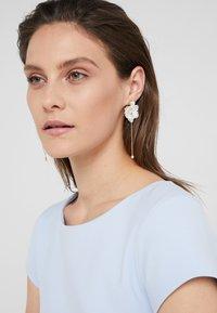 Anton Heunis - Earrings - cream - 1