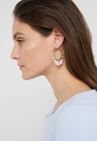 Anton Heunis - Earrings - cream - 1