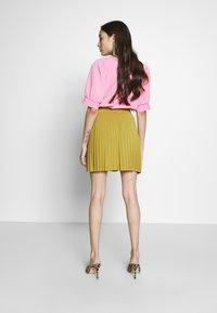 Anna Field Petite - Áčková sukně - mustard - 2