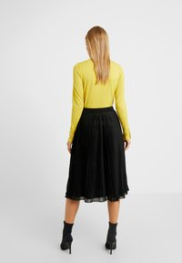 Anna Field Petite - A-line skirt - metallic black - 2