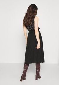 Anna Field Petite - Áčková sukně - black - 2
