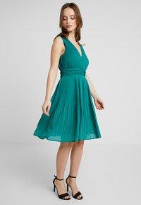 Anna Field Petite - Vestito elegante - green - 2