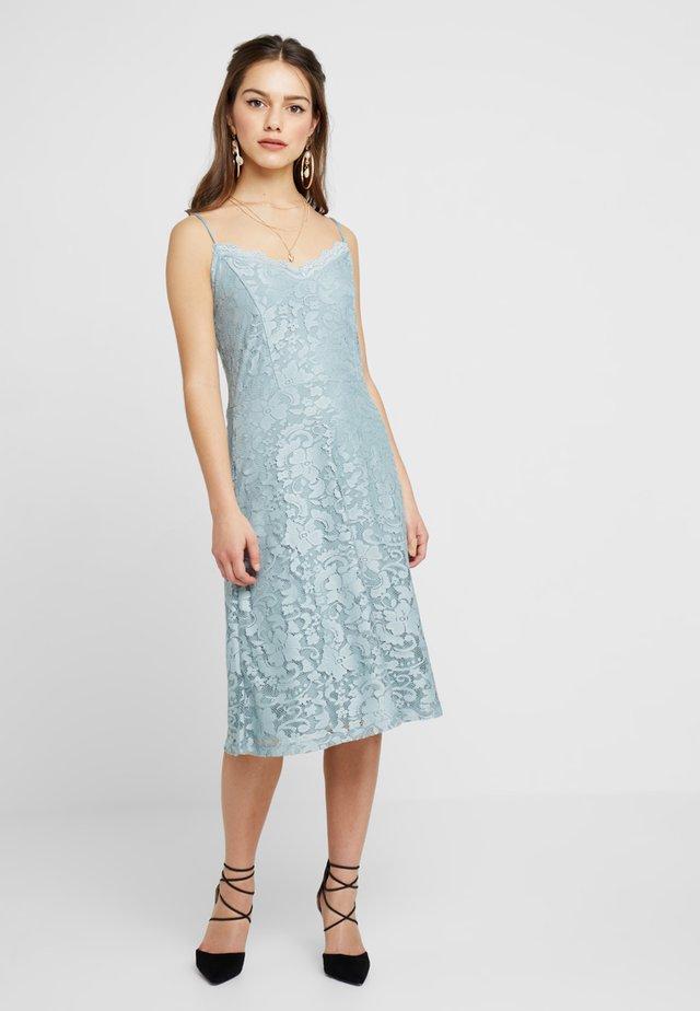 Festklänning - silver blue