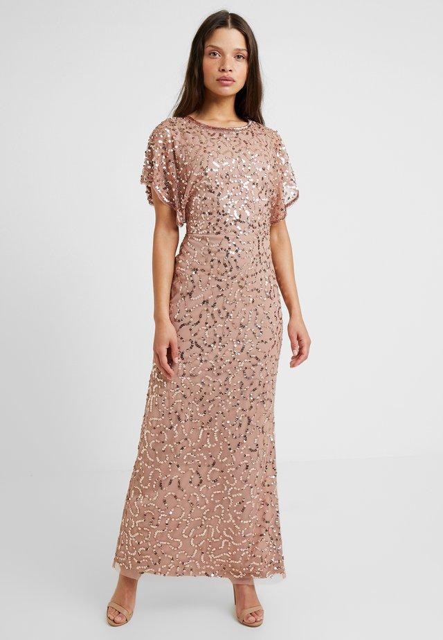 Suknia balowa - rose gold