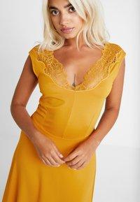 Anna Field Petite - Maxi šaty - golden yellow - 5