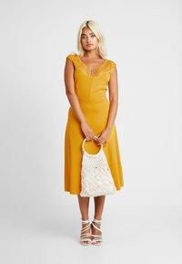 Anna Field Petite - Maxi šaty - golden yellow - 2