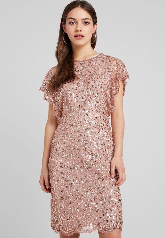 Koktejlové šaty/ šaty na párty - rose gold