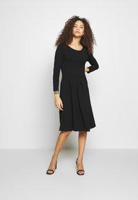 Anna Field Petite - Jersey dress - black - 1