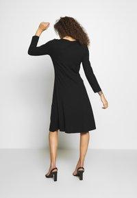 Anna Field Petite - Jersey dress - black - 2