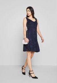Anna Field Petite - Koktejlové šaty/ šaty na párty - maritime blue - 1