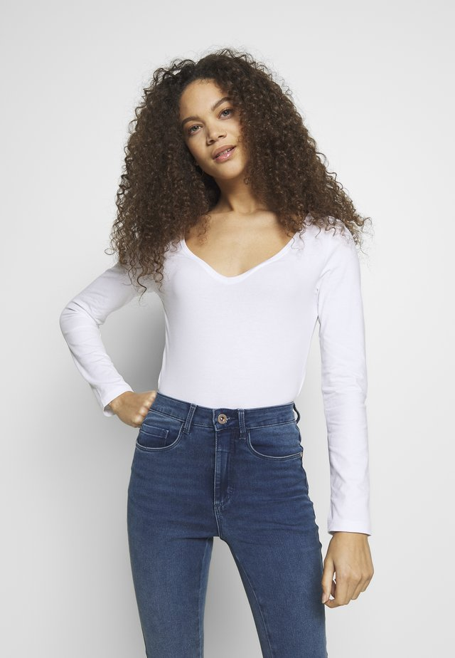 BASIC V NECK LONG SLEEVE TOP - Langarmshirt - white