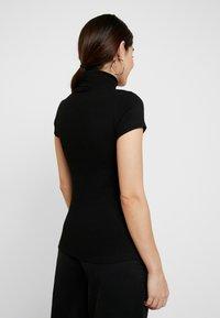 Anna Field Petite - T-shirt z nadrukiem - black - 2