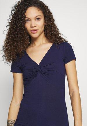 Basic T-shirt - evening blue