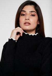 Anna Field Petite - Strickpullover - black/off-white - 4