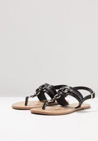 Anna Field Wide Fit - Sandály s odděleným palcem - black - 4