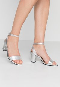 Anna Field Wide Fit - Sandalen - silver - 0