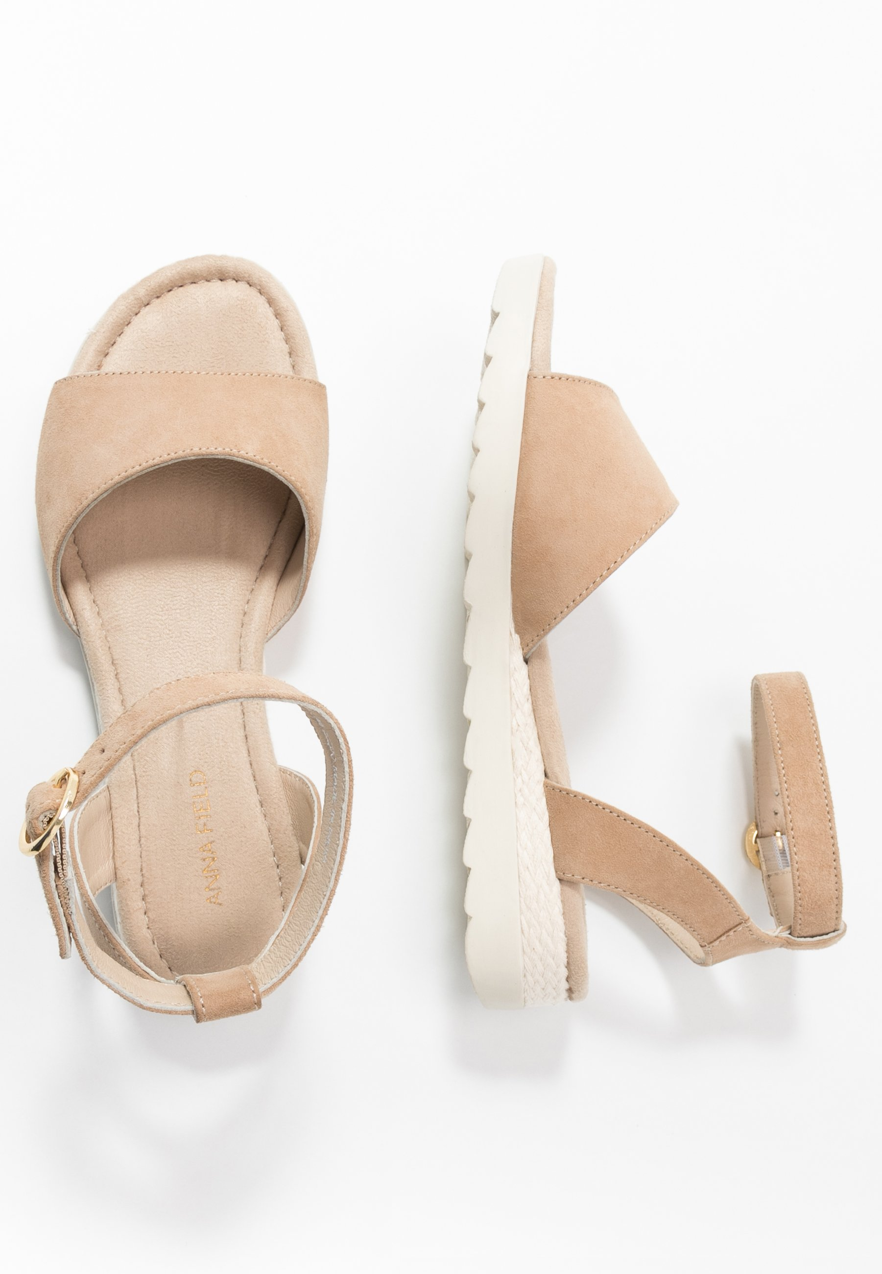 LEATHER WEDGE SANDALS Sandaletter med kilklack nude
