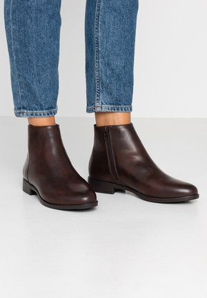 WIDE FIT - Boots à talons - brown