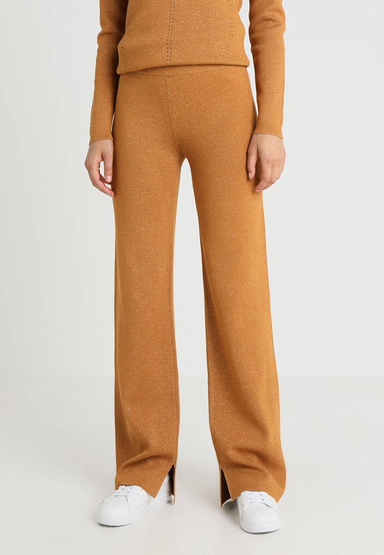 Another-Label - PASCAL PANTS - Tygbyxor - inca gold