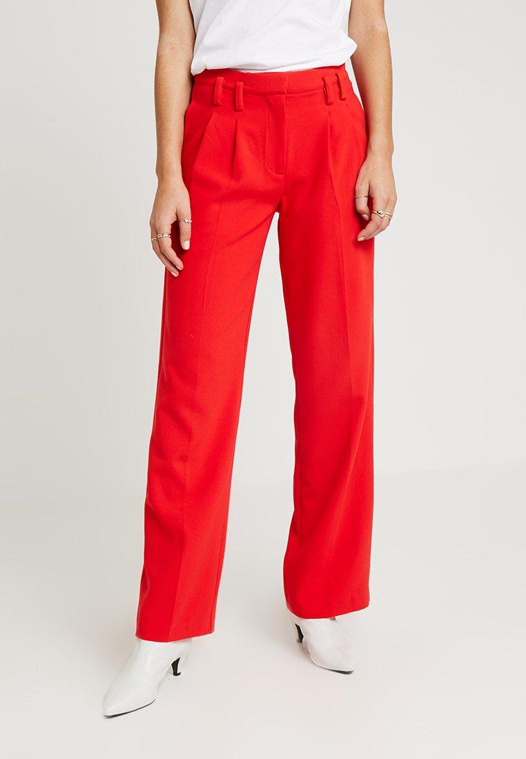 Another-Label - GAIN PANTS - Broek - racing red