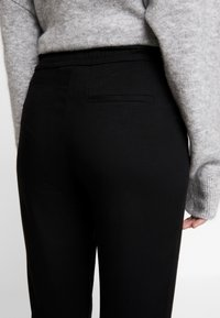 Another-Label - LEWIS PANTS - Pantaloni - black - 3
