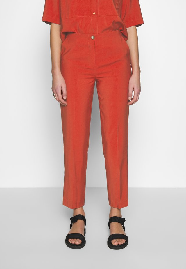 AURELIE PANTS - Tygbyxor - burned orange