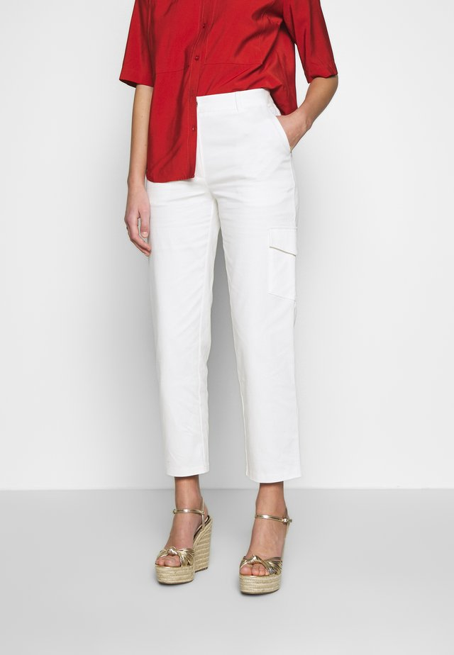 AUDREY PANTS - Pantaloni - off white