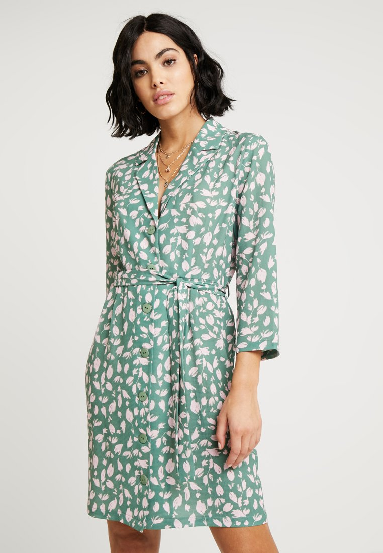 Another-Label - RUISSEAU DRESS - Robe chemise - light green/rose