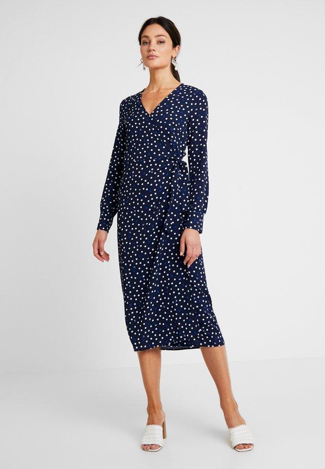 TERNESS DRESS - Maxikleid - dark blue/white