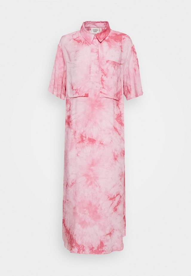 BRIEE DRESS - Freizeitkleid - pink