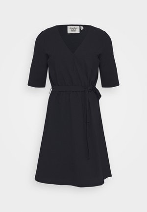 DRESS - Korte jurk - black iris