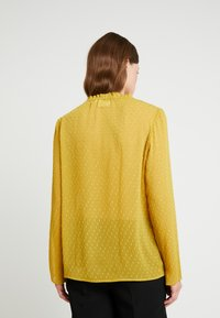 Another-Label - PYRAMIDES HAIRY DOT - Blouse - green sulphur - 2