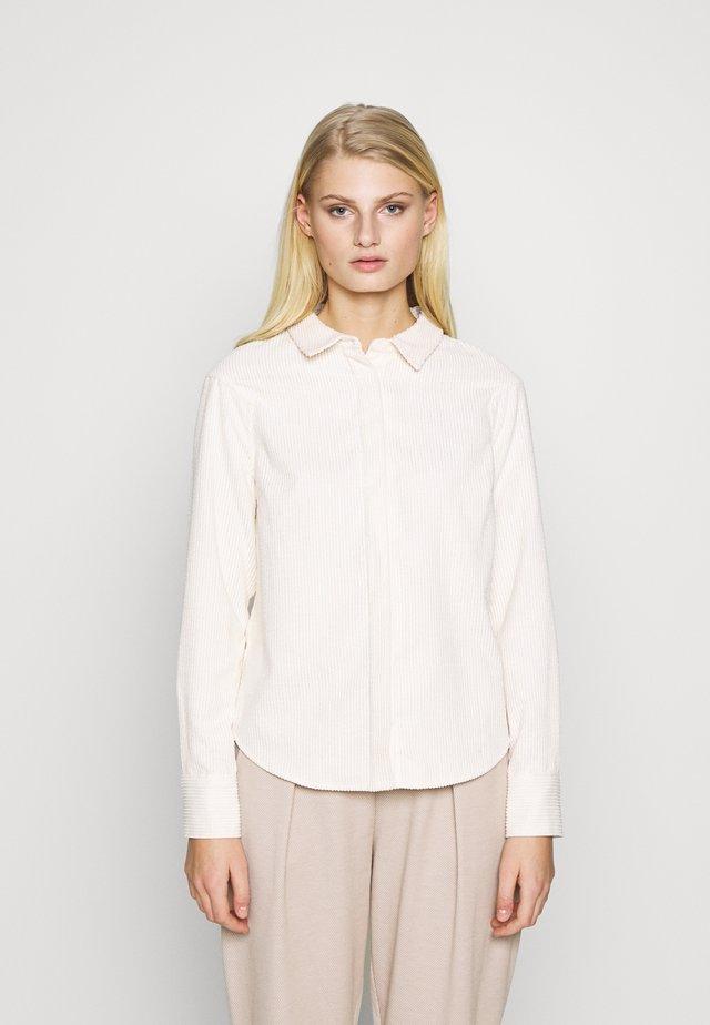 VANDERDISE - Overhemdblouse - off white