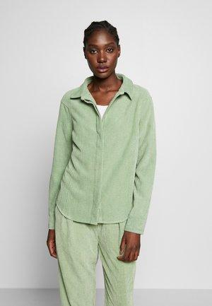 VANDERDISE - Button-down blouse - comfrey