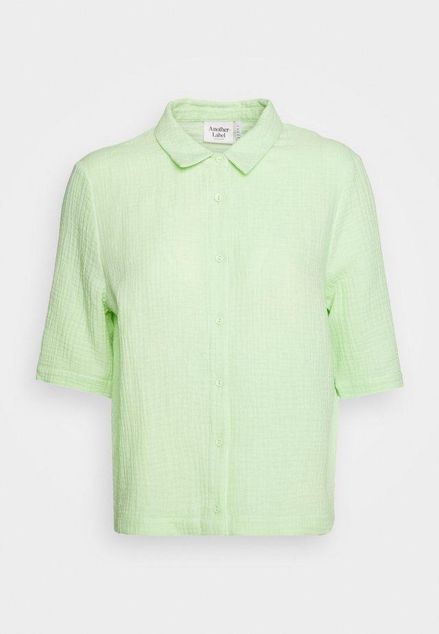 BISET - Overhemdblouse - paradise green