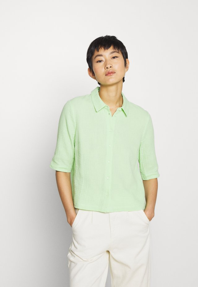 BISET - Button-down blouse - paradise green