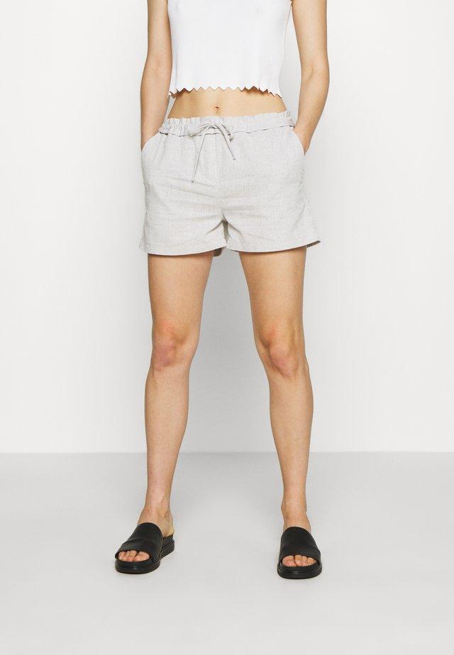 BREZZY - Shorts - off white