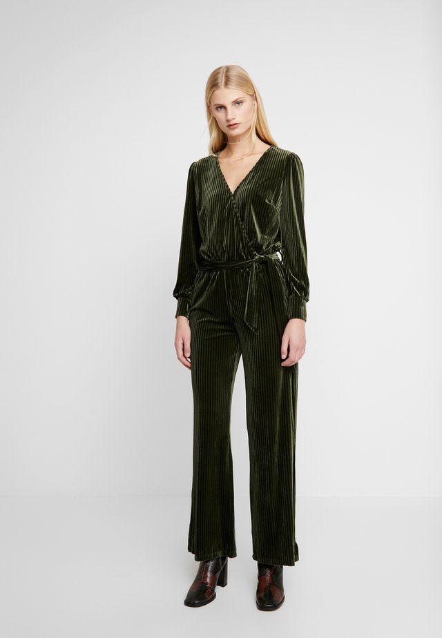 PACHE - Jumpsuit - rifle green