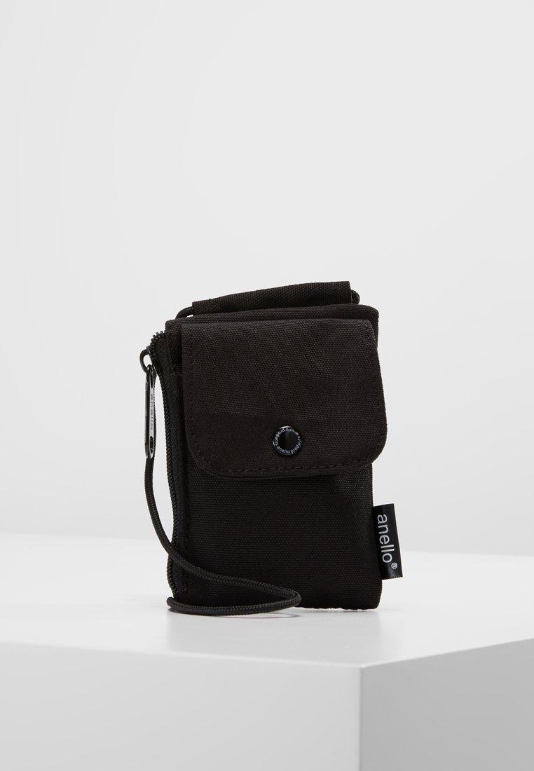 anello - SQUARE NECK POUCH - Skuldertasker - black